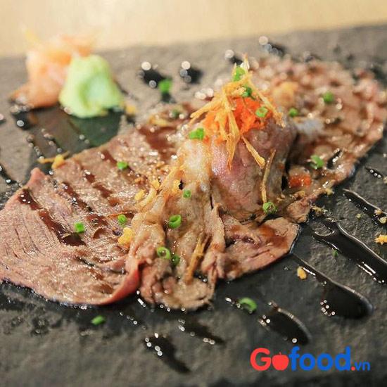 Thịt thăn vai bò Wayu Nhật Bản